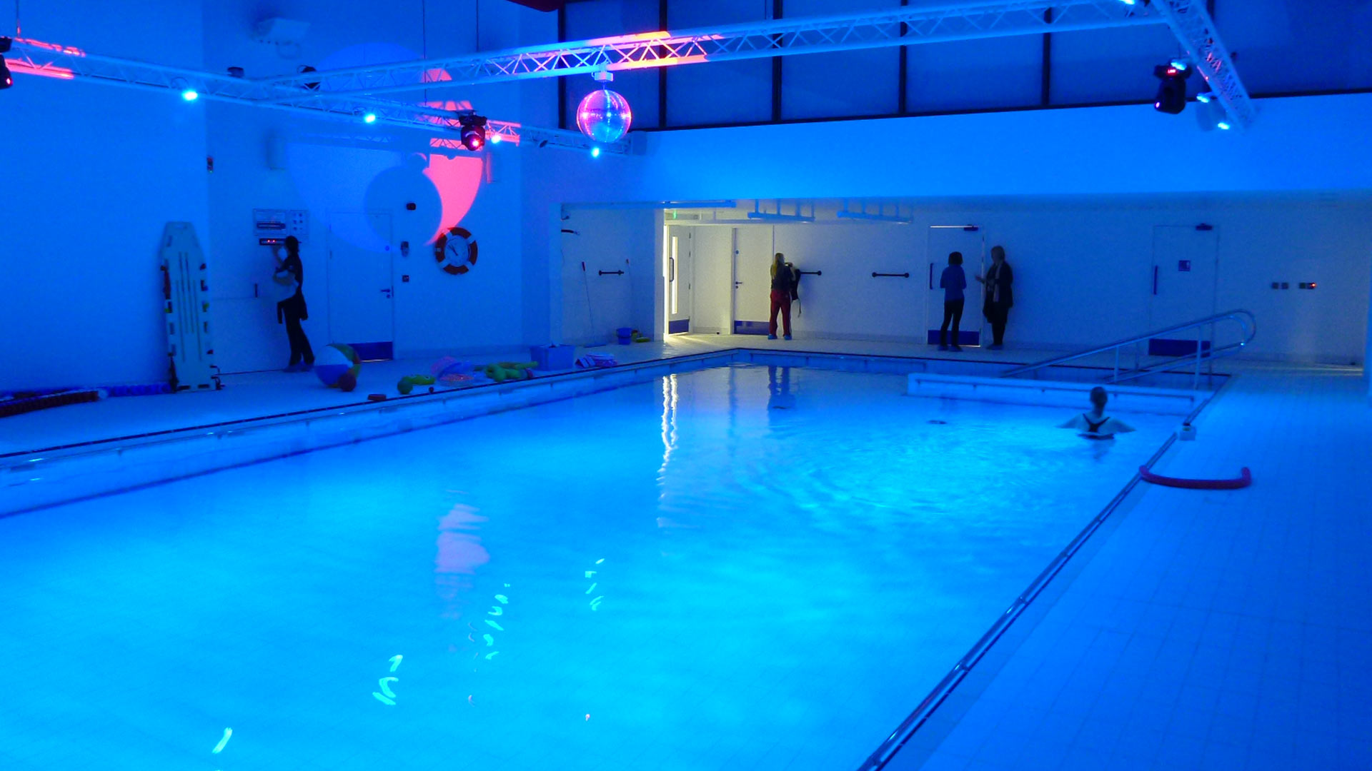 Victoria education centre poole western design architects for Pool design education